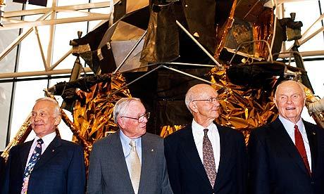 Слева направо: Базз Алдрин, Нил Армстронг, Майкл Коллинз и Джон Гленн