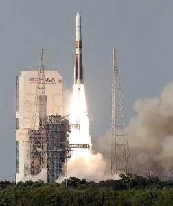 Ракета Дельта IV с метео cпутником GOES-O на борту