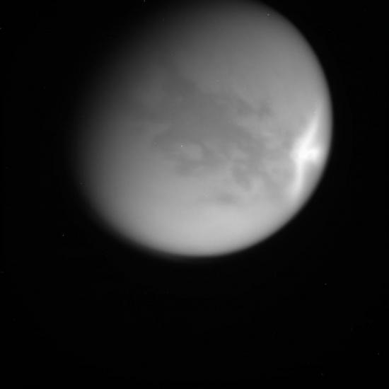 Огромные облака на Титане
