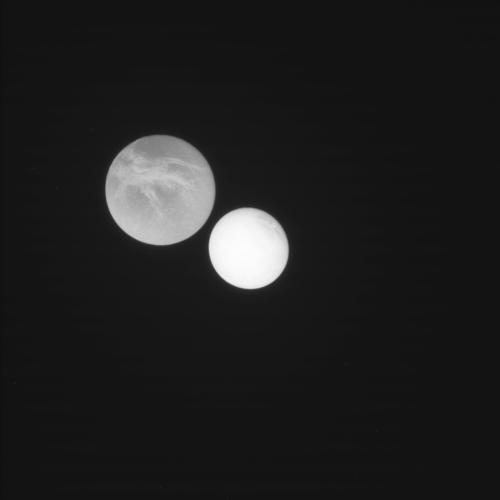 Несколько изображений от Cassini после выхода из безопасного режима