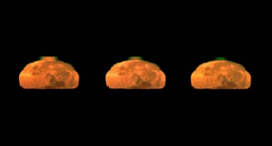 Зеленая вспышка от заходящей Луны
