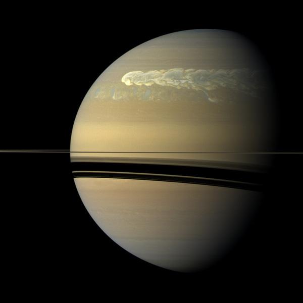 «Кассини» зафиксировал самый мощный шторм на Сатурне