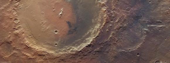 «Марс-Экспресс» обнаружил останки древнего озера