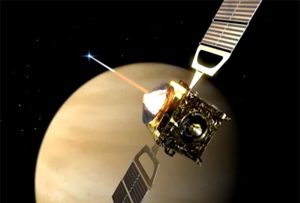 """""""Венера Экспресс"""" на фоне Венеры"""