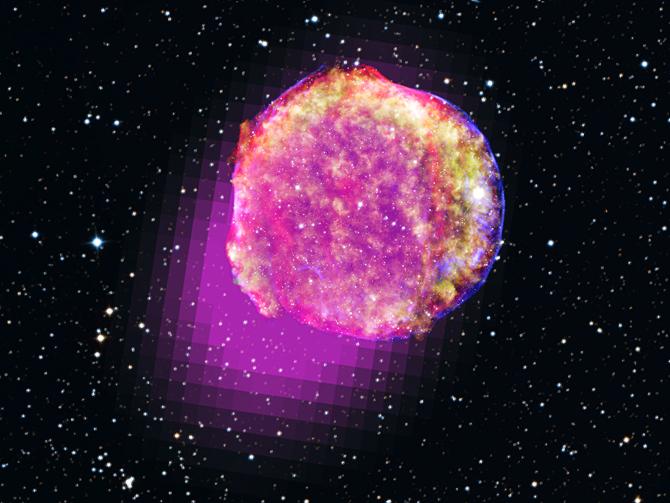 Взрыв звезд доказал неизменность Ньютоновской гравитации в космическом времени
