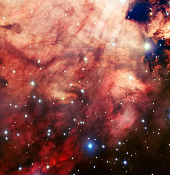 Розовое ядро туманности Омега