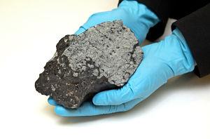 Марсианский метеорит «Tissint» оказался в Университете Глазго