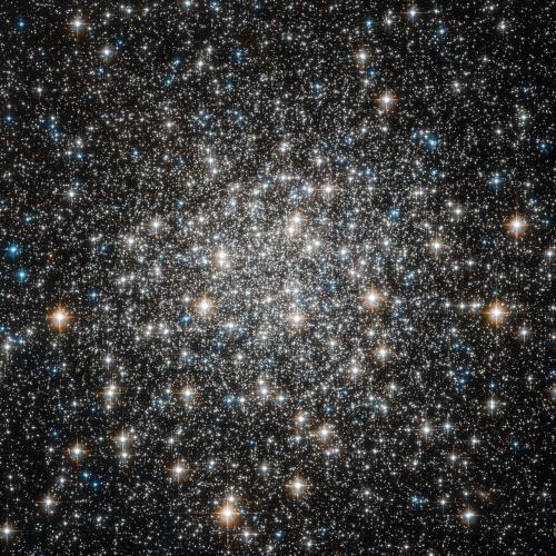 Хаббл рассмотрел огромное скопление M10