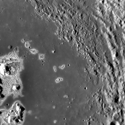 Загадочные впадины на Меркурии
