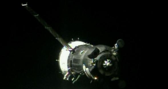 «Союз ТМА-09М» доставил трех космонавтов на МКС