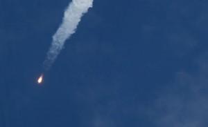 Спутник Ямал-402 пытается выйти на расчетную орбиту