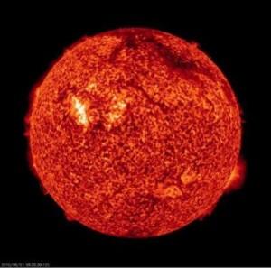 Найдено звено между солнечными бурями и всплесками радиоизлучения