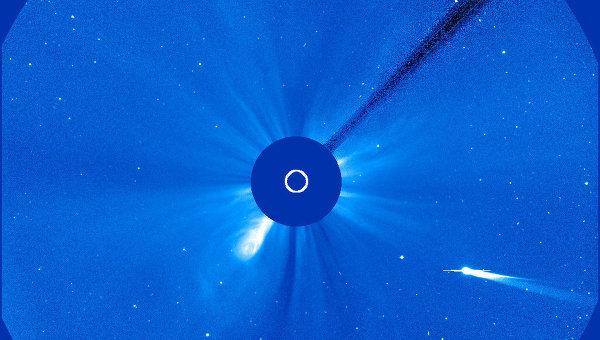 Комета ISON приближается к Солнцу