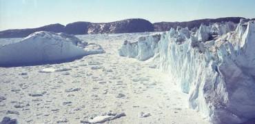 Два подледных озера в Гренландии исследованы радаром