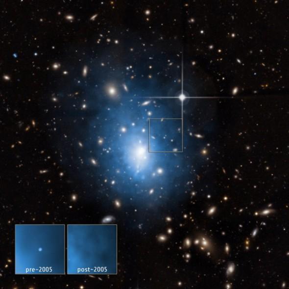 Карликовая галактика находится в кластере Abell 1795
