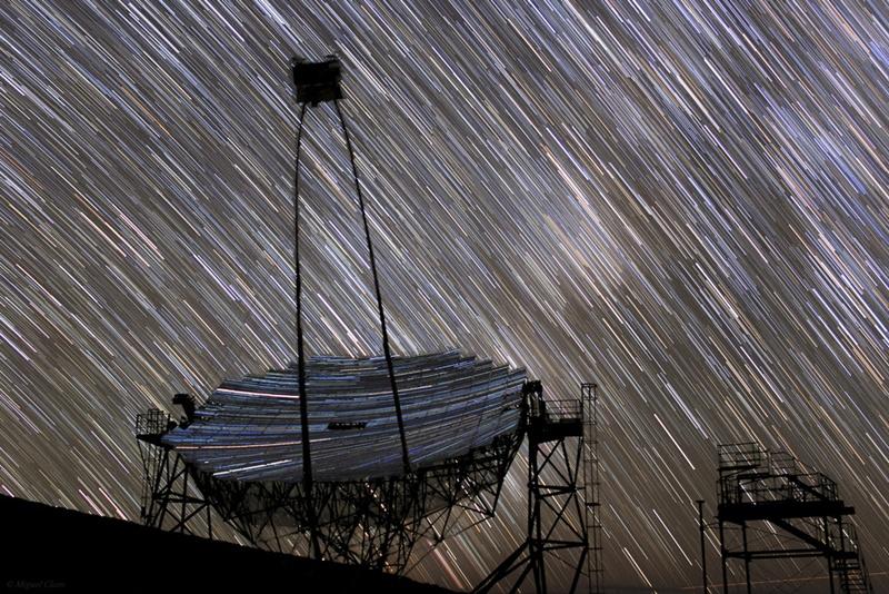 Телескоп MAGIC, наполненный звездами