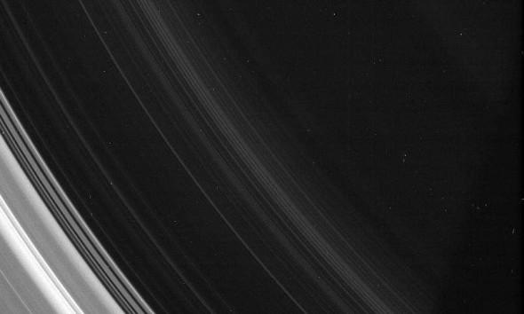 D кольцо Сатурна